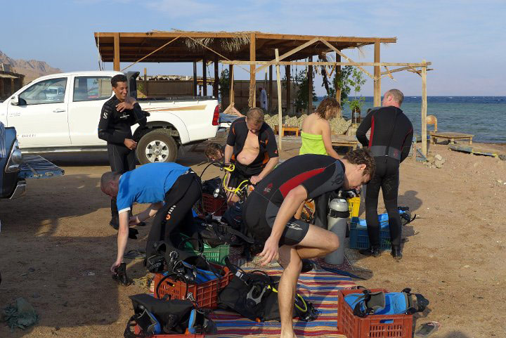 Dahab-Divers-Lodge-Guided-Dives.jpg